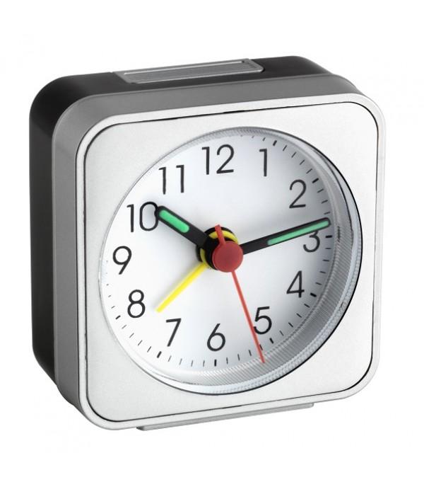 Ébresztő óra 60.1019 Nem ketyeg!