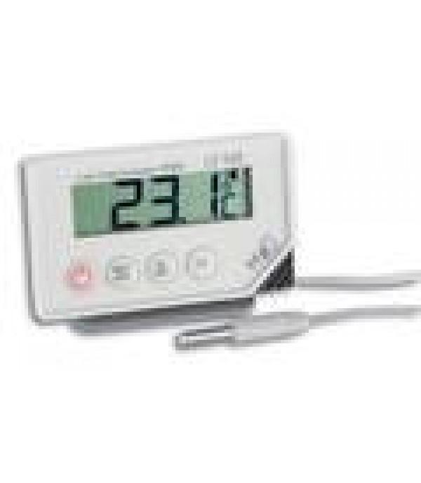 Kalibrált digitális hőmérő 30.1034 LT102